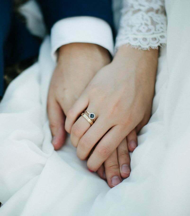 Dłonie Nowożeńców