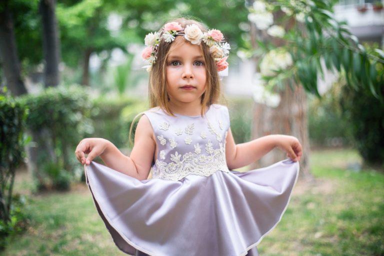 Flower girl w fiolecie