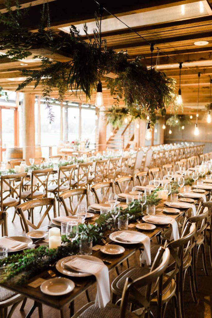 stoły weselne, wesele w stylu rustykalnym